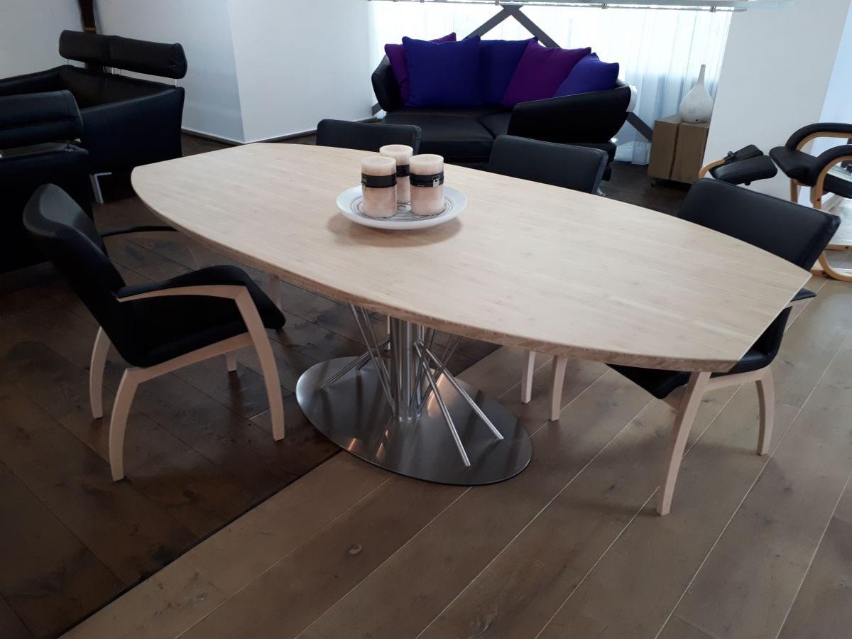 Bamboe design eettafel ovaal rvs poot 220x110cm
