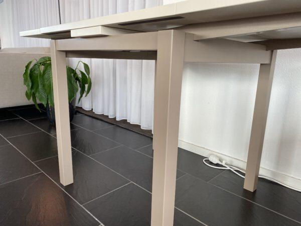 Eettafel Lisanty uitschijfbare tafel uit eigen meubelmakerij