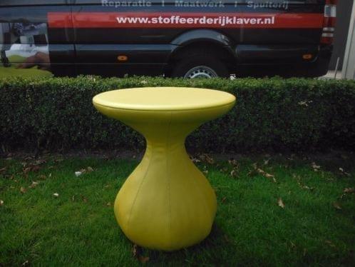 Leolux Gozo bijzettafel geel bovenblad