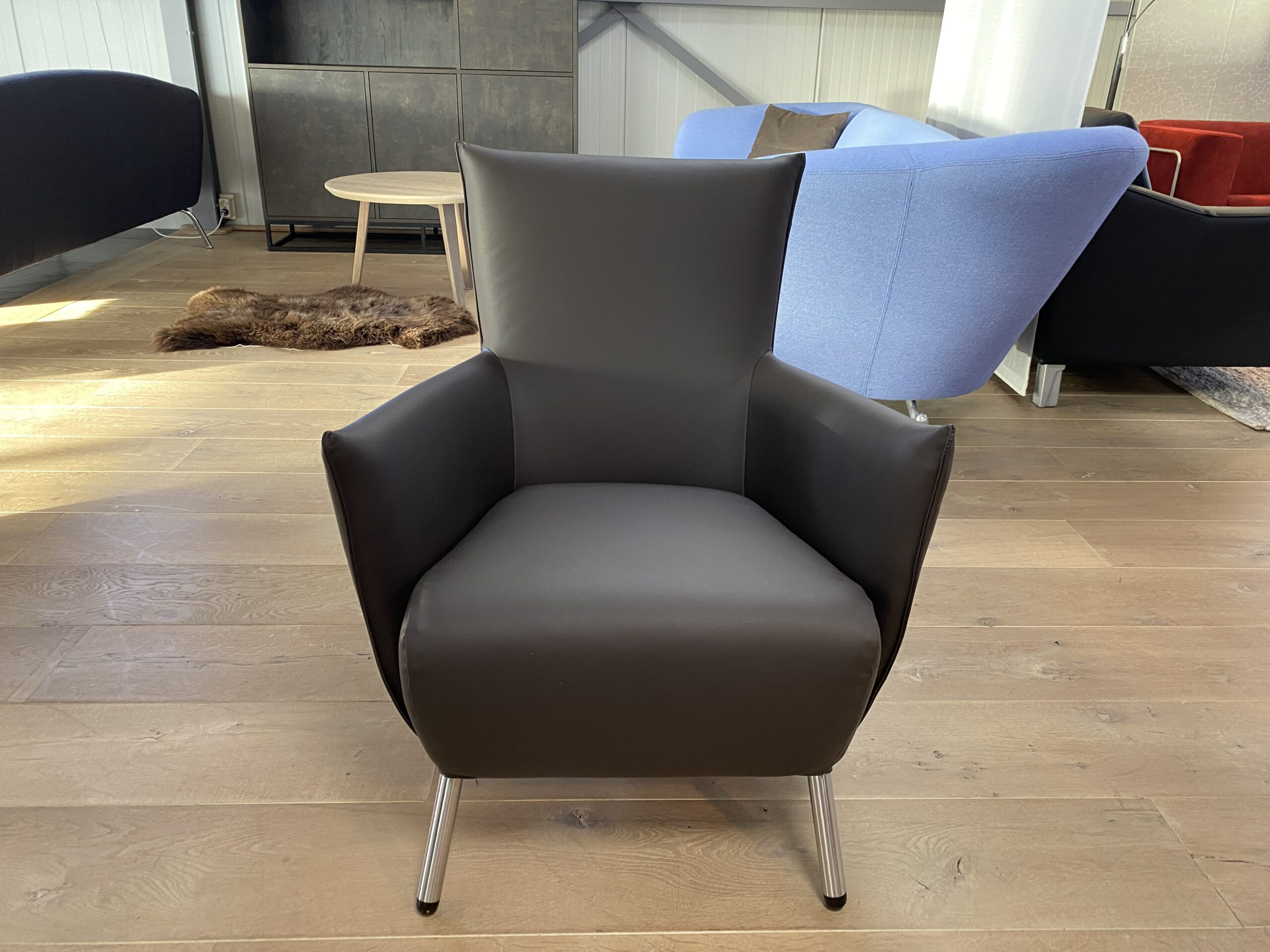 Label Cheo fauteuil bruin Refurbished